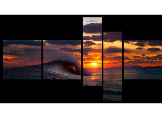 Волна поедает закат