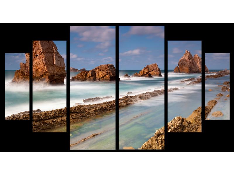 Скалы на страже побережья